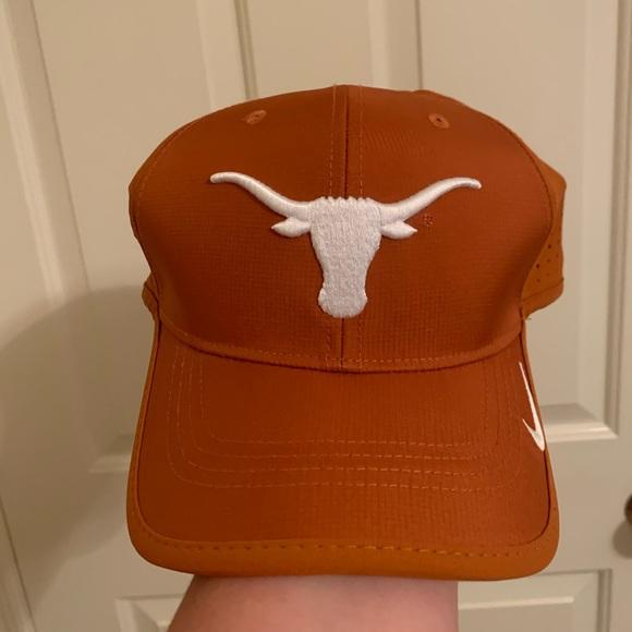 Nike Accessories - Nike Texas Longhorn hat